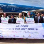 Vietnam welcomes 10 millionth foreign tourist of 2016