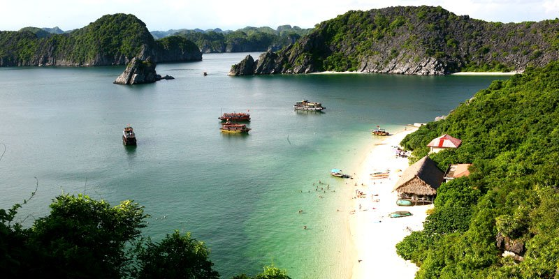 vinh lan ha ivivu.com  - Top 10+ Unique & Amazing Things to do in Halong Bay, Vietnam (2020)