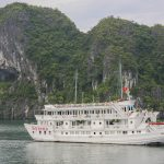 Halong Authorities to build luxury cruise wharf