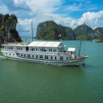 Quang Ninh will change the price of tickets to visit Halong Bay.