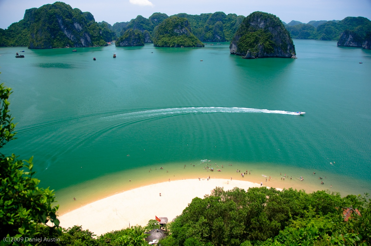 tiptop island - Top 10+ Unique & Amazing Things to do in Halong Bay, Vietnam (2020)